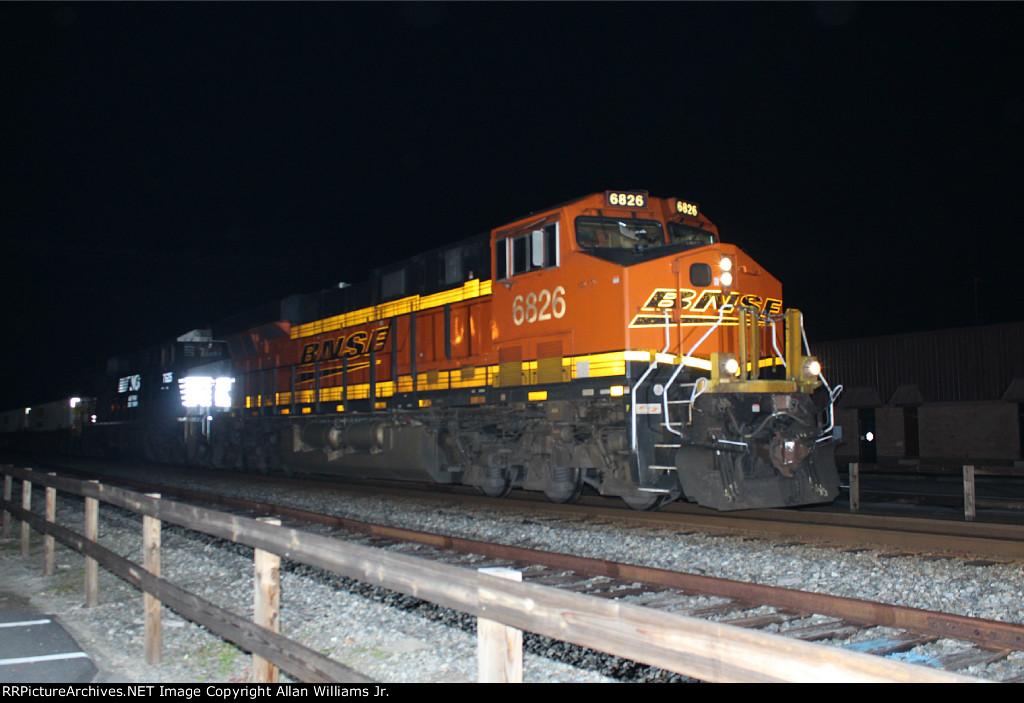 BNSF 6826