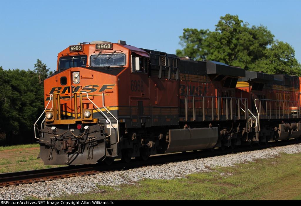 BNSF 6968