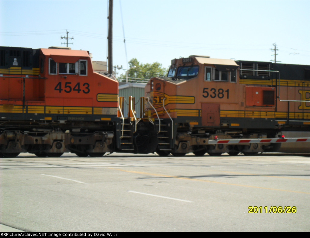 BNSF 4543,BNSF 5381