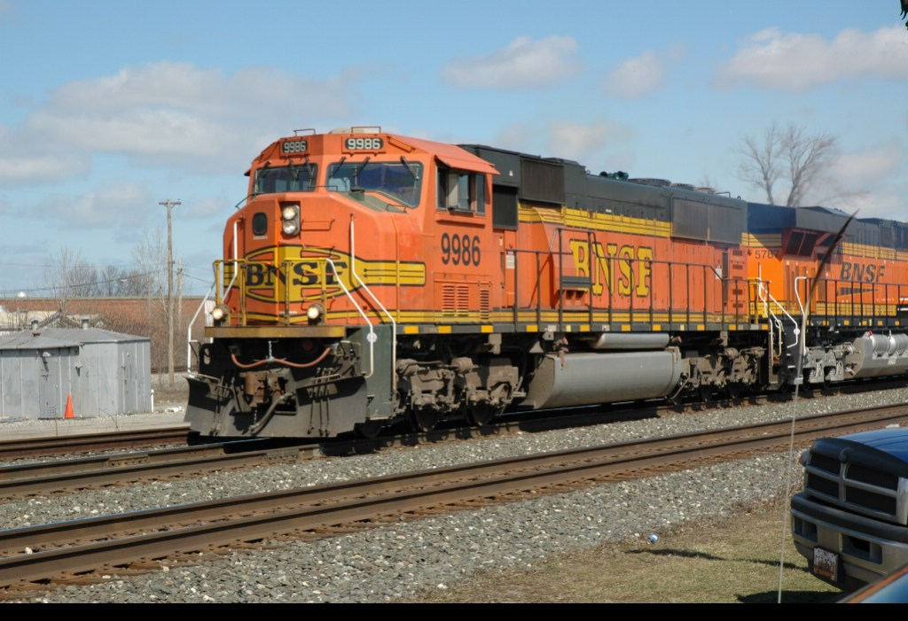 BNSF 9986, West on CSX