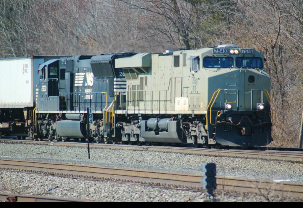 NS 7549 (Primer) & 2630, East on NS