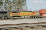 BNSF 4845, West on NS