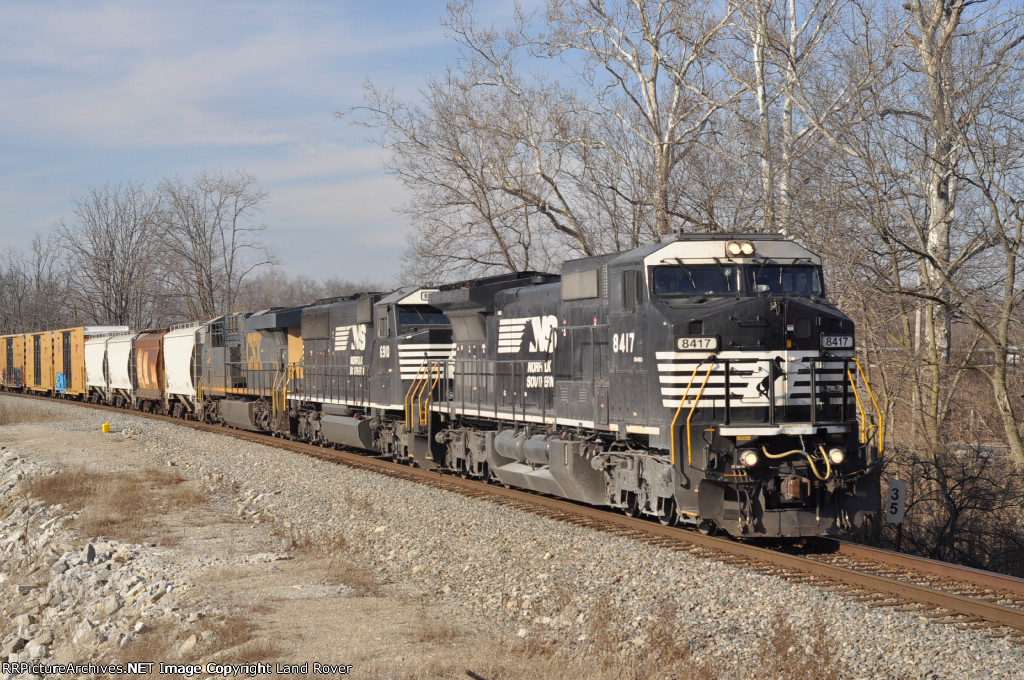 NS 8417 On NS 143 Eastbound