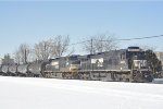 NS 8825 On NS 123 Eastbound