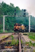 NS 61N with WC 7517 leading