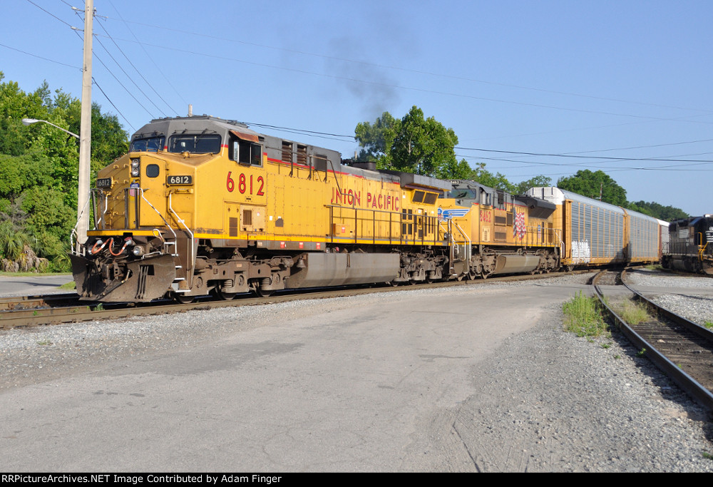UP 6812 on NS 291