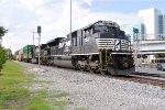 NS 1164 on NS 295