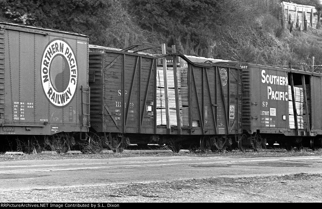 SP veneer boxcars