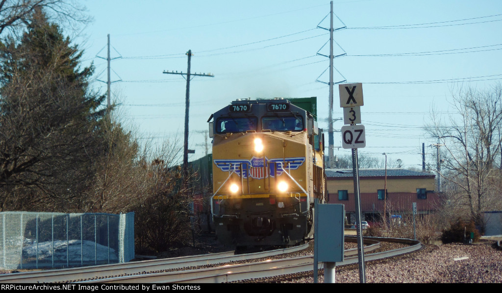 UP 7670 Leads an WB K Train