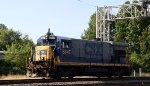 CSX 5847 passes under the signals at Charlie Baker