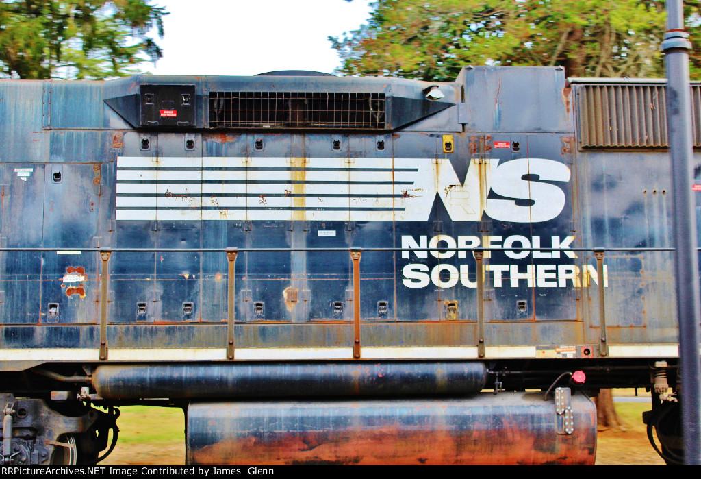 Southern Heritage bleeding through...