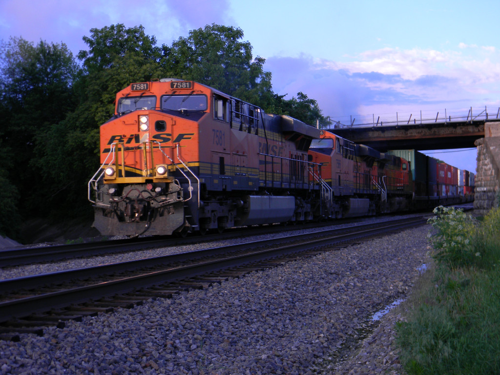 BNSF 7581