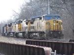 UP coal train entering Kenosha sub at Lake Bluff Metra station