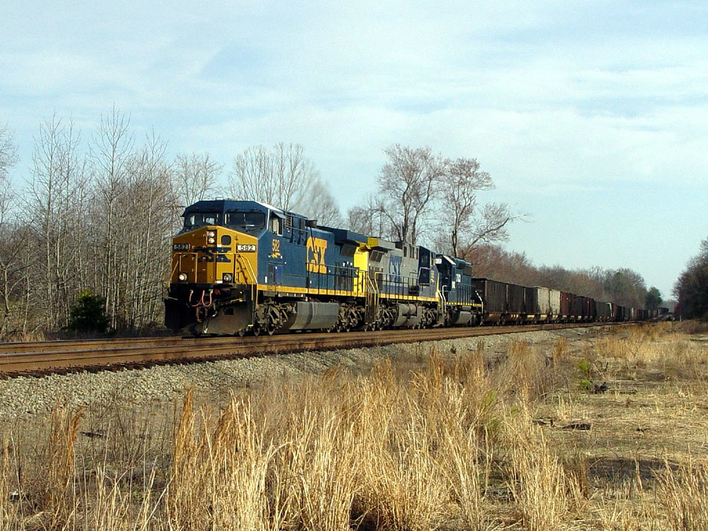Empty NB CSX Hopper train w/ HLCX Unit!