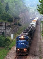 NS mixed freight