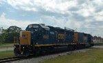 CSX 6962 & 2362 head northbound