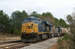 CSX 5377 leads a northbound train