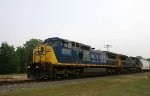 CSX 7797 & 7386 lead train Q493 southbound