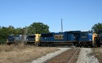 CSX 9035 & 4725 lead train Q484 northbound