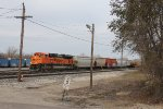 Ready to depart west, BNSF 9056 pulls out of 4 Track with Q335-03