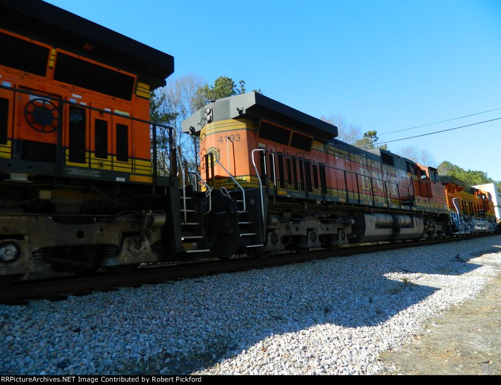 BNSF 4193 (C44-9W)  7970 (ES44C4)