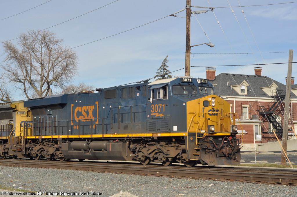 CSXT 3071 On CSX K 587 South