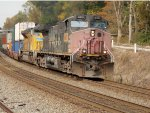 An SP warbonnet leading the way