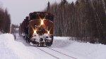 CN 4762 Leads Train 569