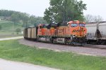 BNSF 6200 Leads a Rush tower load down the Hannibal Sub.