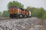 BNSF 4836 Leads a small local up the Hannibal Sub.