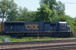 New SD70 leads CSX train east