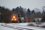 CN 3006 leads the second NB intermodal of the afternoon around the curve
