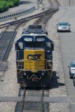 CSX 2782 waits for work