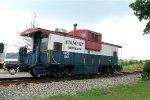 Emmert Intl caboose BBCX 1002 at Wyckoff Station
