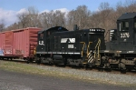 Ex-Conrail, nee-RDG Switcher On 18G