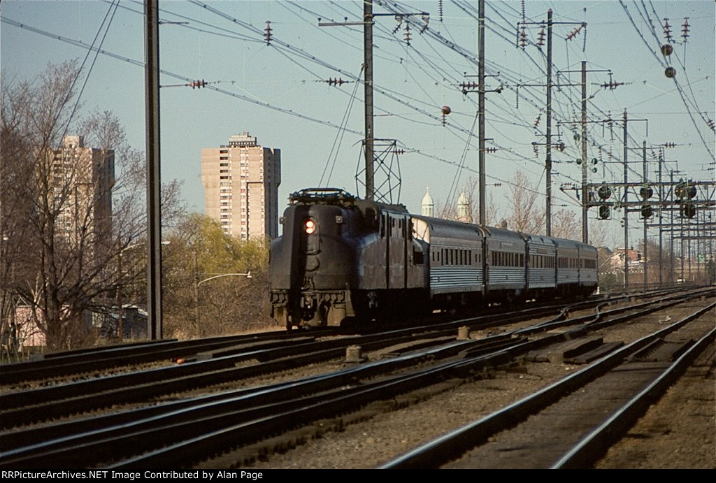 Amtrak GG1 on the NEC