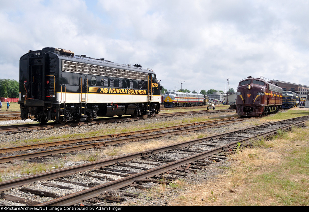NS 4270 and others shuffling around