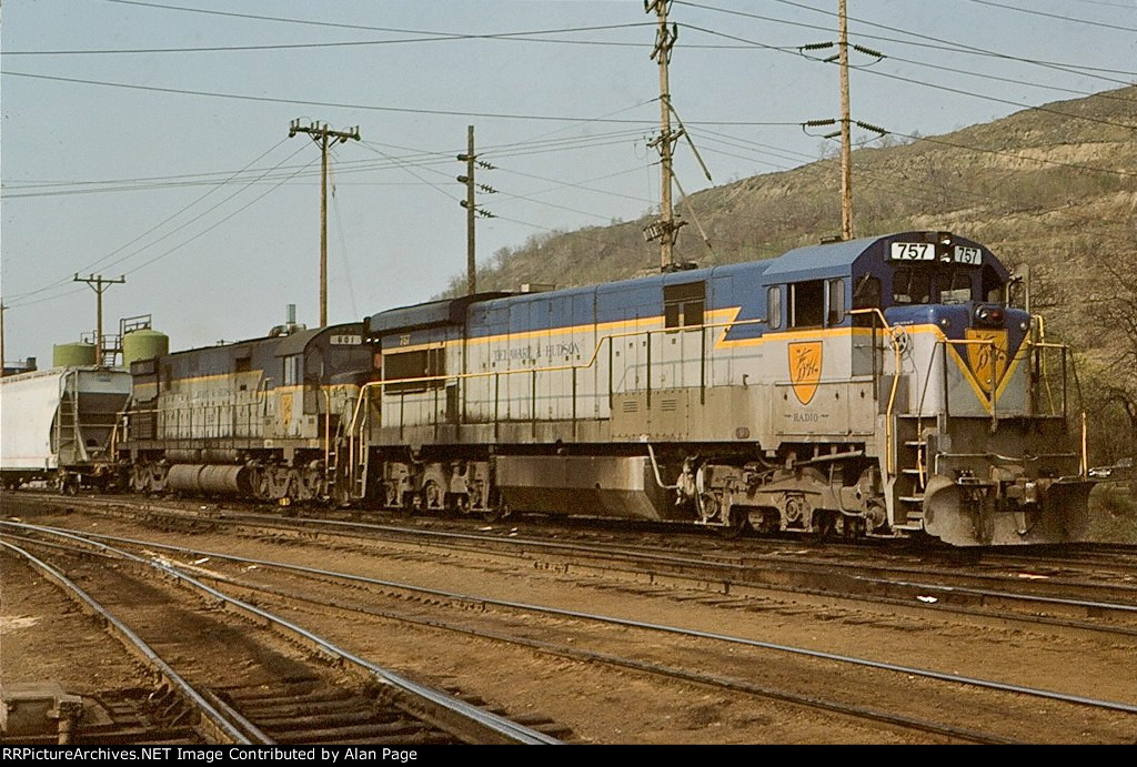 D&H U33C 757 and C628 601