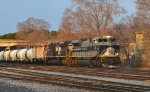 NS  Heritage  1070,  CP's   Tomah   Sub.
