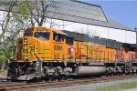 BNSF 8886 On CSX Q 501 Southbound