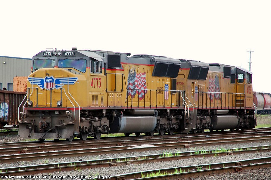 UP 4773 & UP 4756