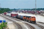 BNSF 9138 and 7163 with a mixed freight in Springfield MO