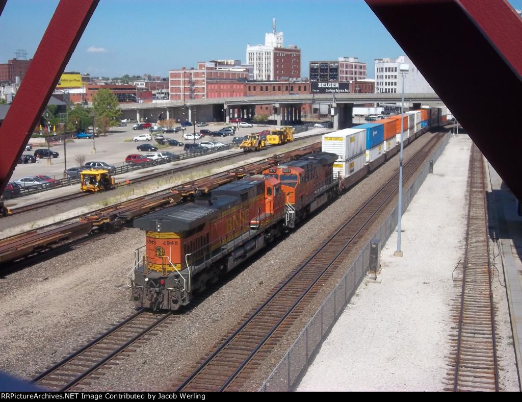 BNSF 6673, and BNSF 4948