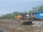 BNSF 4826 and NS 2660
