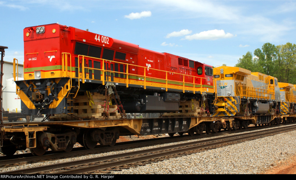 A single locomotive destined for South Africa's Transnet system