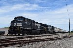 NS Dash 9s hold NB BNSF manifest