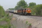 BNSF 8086 Leads a short Z NBYWSP east down the old Santa Fe.