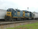 CSX 2255 (Road Slug)  6931 (GP40-2)