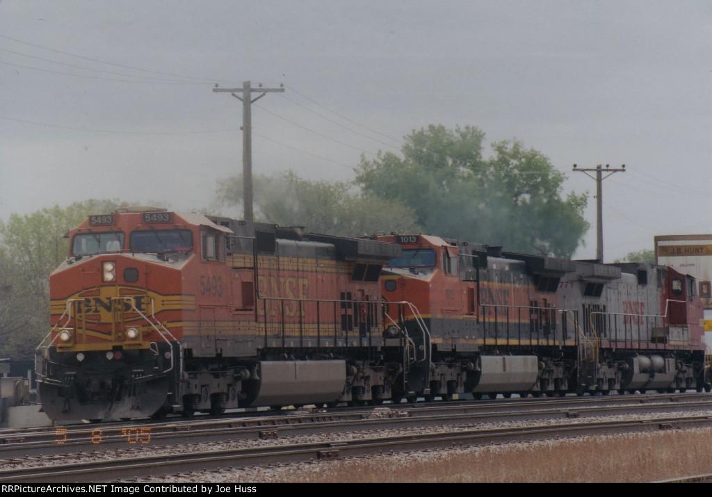 BNSF 5493 West