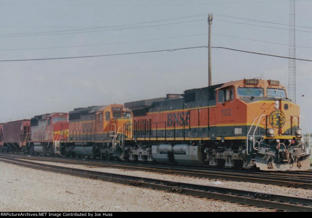 BNSF 1102 East